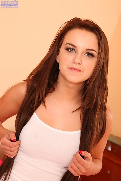 Petite teen Pressley Carter..