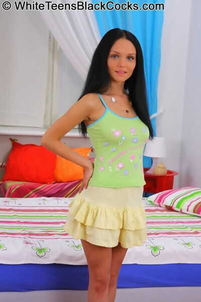 Teen brunette anabell bella..