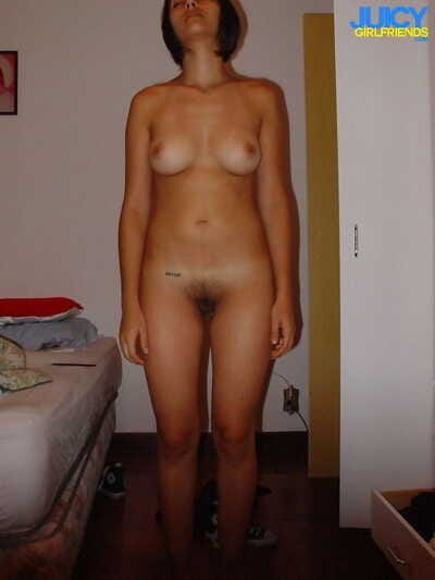 Nude amateur selfies in the..
